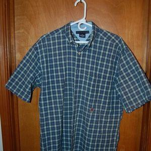 Mens Tommy Hilfiger short sleeve shirt size L